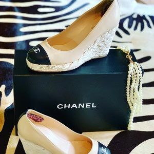 Chanel two-tone espadrille wedges- Size 7.5-8
